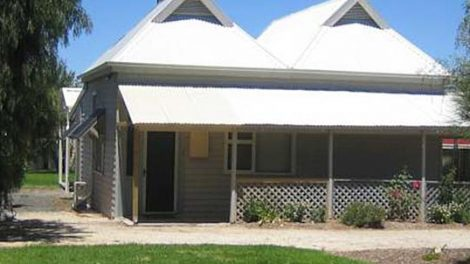 Showgrounds Cottage Naracoorte