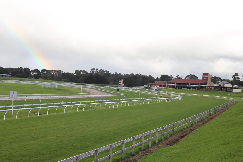 Allan Scott Glenburnie Racecourse 01