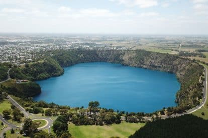 The Blue Lake-02