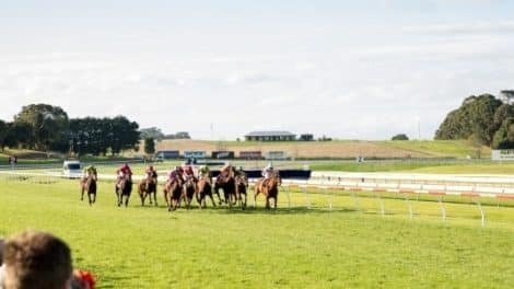 Mount Gambier Gold Cup Carnival